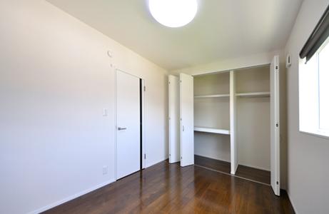 2階洋室01