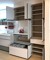 大容量のキッチン収納