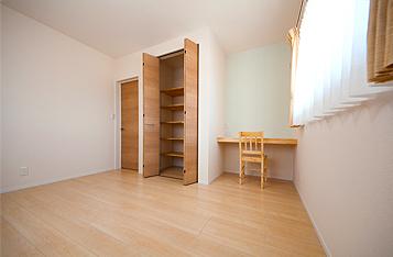 ブルーの子供部屋