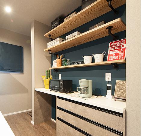 キッチン収納と棚
